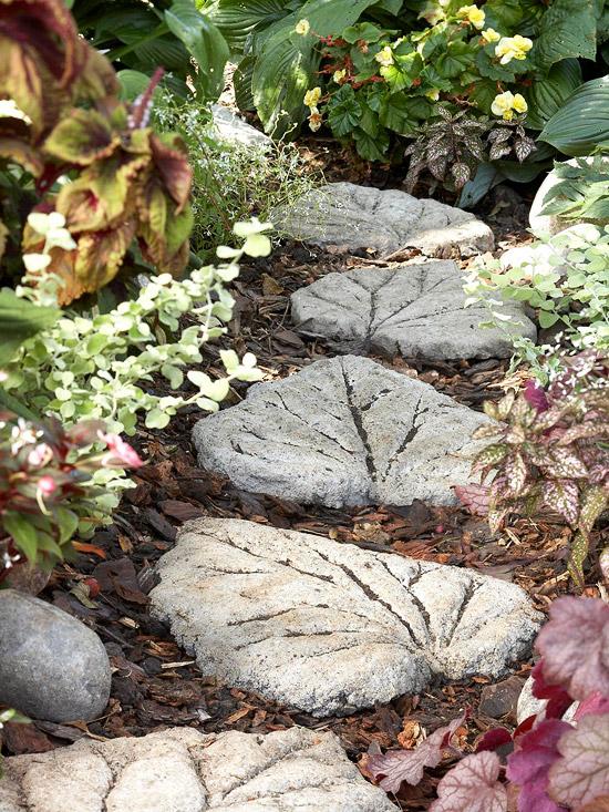 Листья из бетона для сада своими руками 35
